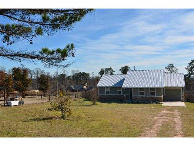 101 N Mockingbird LN, Bastrop in Bastrop County, TX 78602 Home for Sale