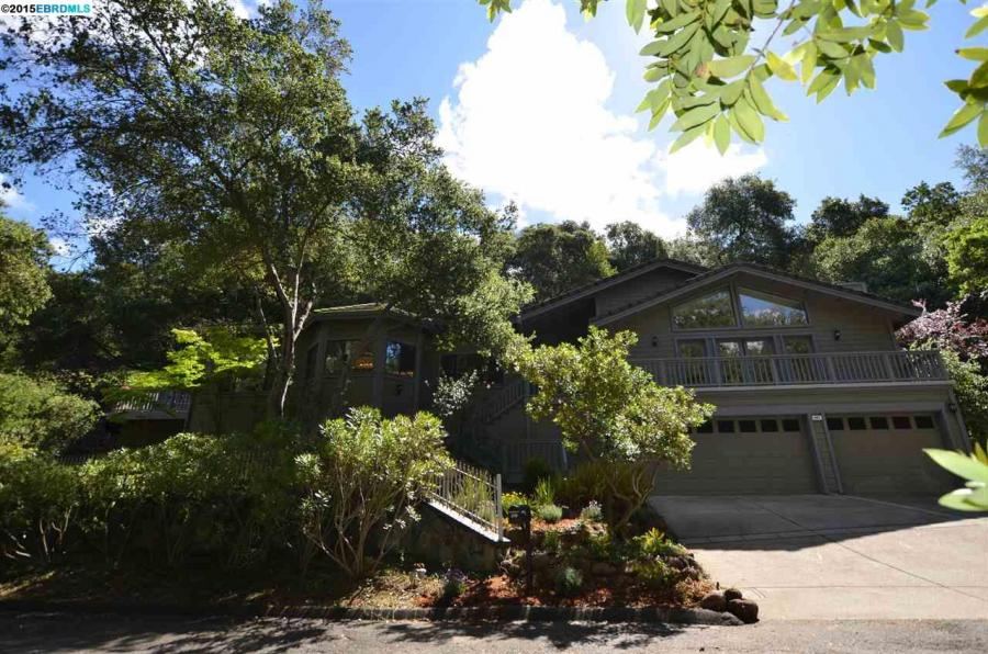 987 CALLE VERDE, one of homes for sale in Martinez