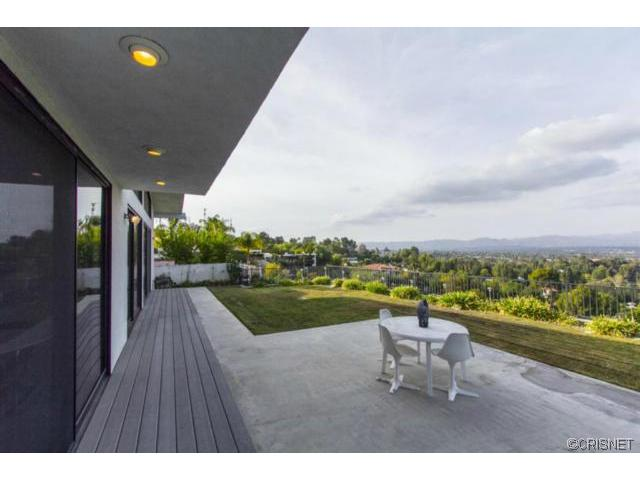 One of Tarzana 4 Bedroom Homes for Sale