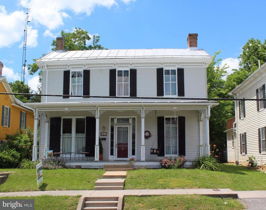 123 CHURCH STREET N, Woodstock, Virginia